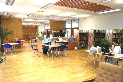 Szakkönyvtár-Betegek könyvtára